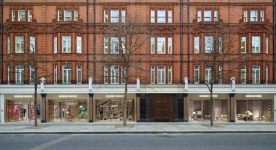 Armani unisce moda e casa a Londra - MFFashion.com ac87f1636f6
