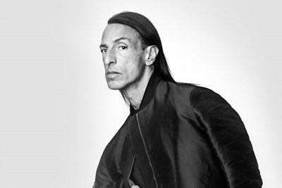76de8d0553 BLACKSTAGE: Il senso di Rick Owens per il made in Usa - MFFashion.com
